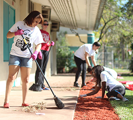 Barry University Receives Engaged Campus of Year Award