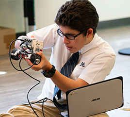 Rosarian Academy Opens STEM Innovation Center