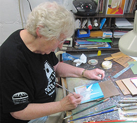 Sister Barb Cervenka, OP, Paints 1,000 Cranes for Iraq